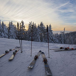 6 outdoor experiences to add to your next ski trip